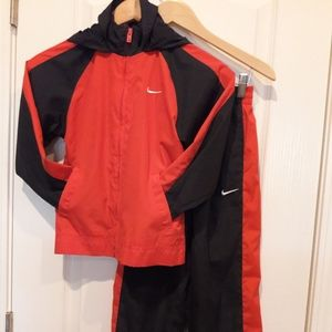 Nike Boys 2-piece Set,Size 6, Red